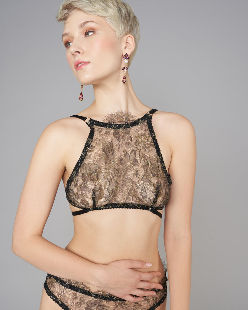 Non-underwired Antheia bralette has a cut-in high neck, with scalloped detailing reaching to the throat