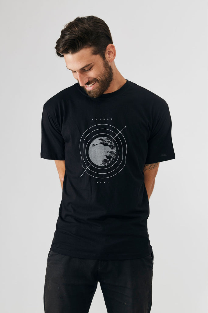 Future \ past moon T-shirt