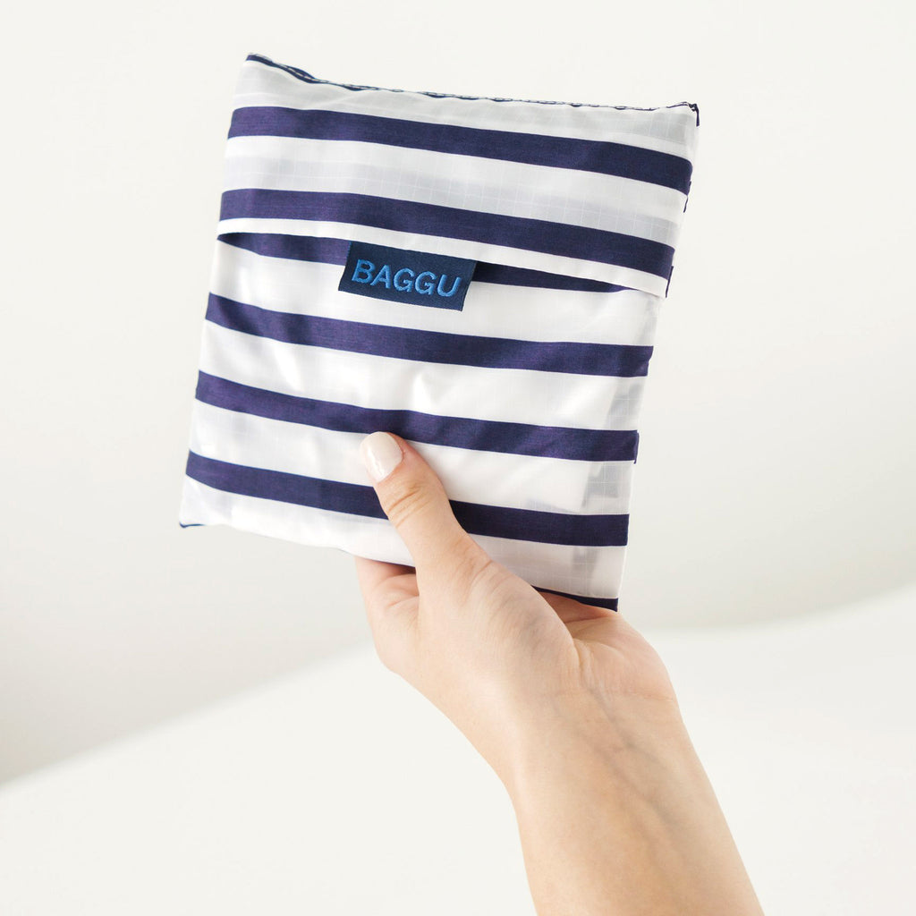 baggu big ripstop nylon reusable shopping bag sailor stripe in pouch