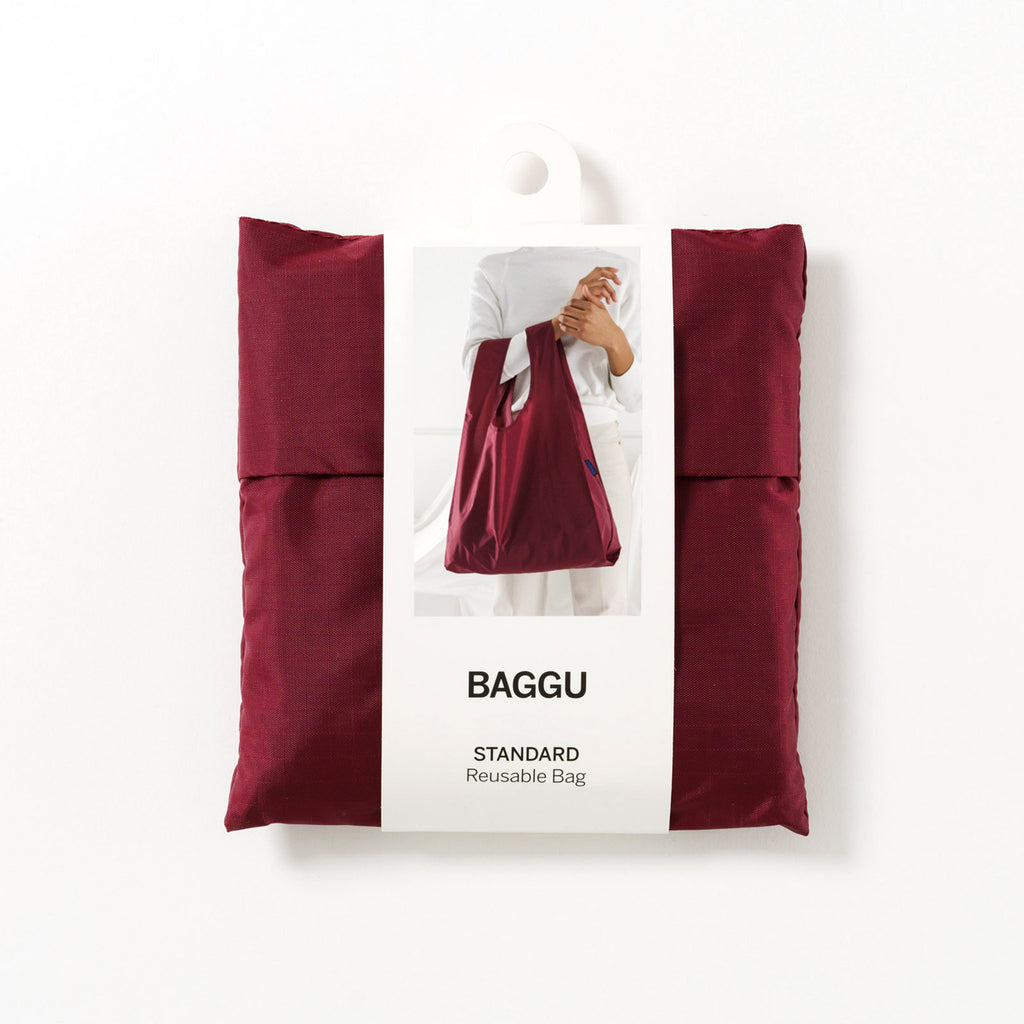 baggu standard ripstop nylon reusable shopping bag cranberry in packaging