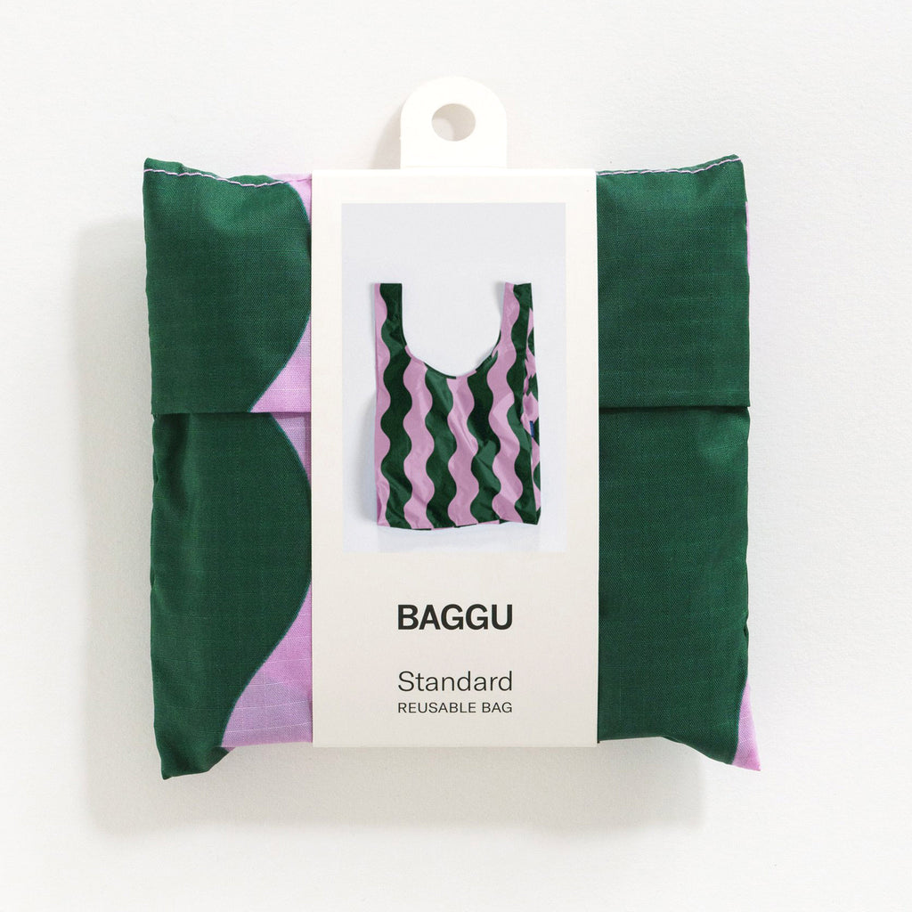 baggu standard ripstop nylon reusable shopping bag pink and green wavy stripe in pouch