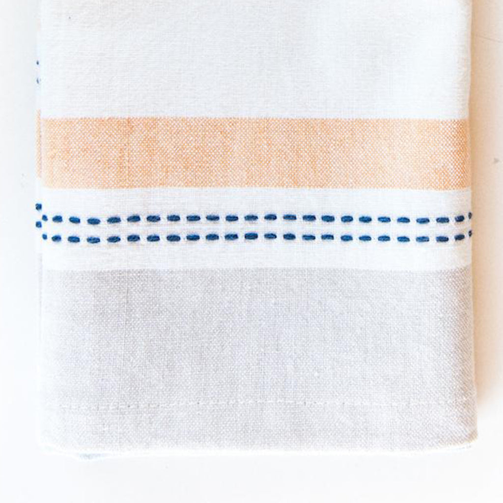 isla kitchen towel set detail