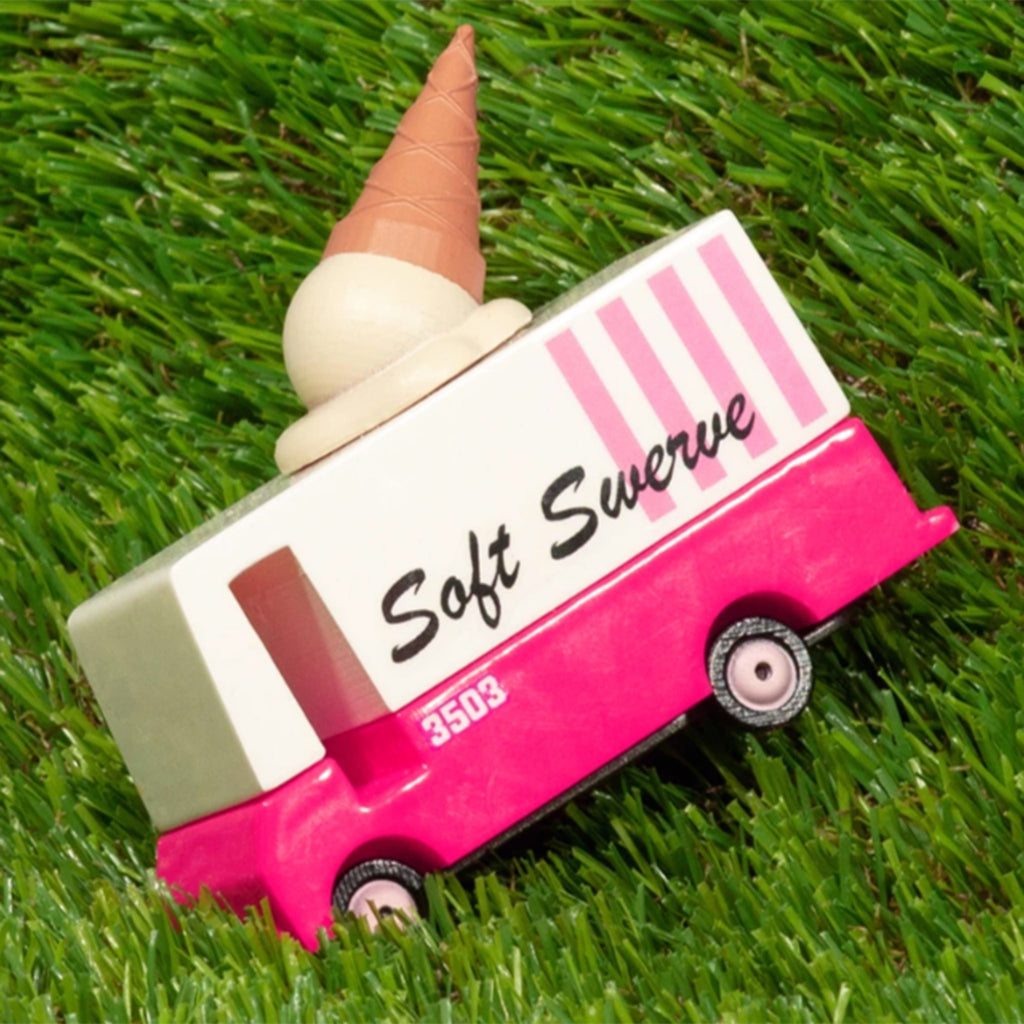 candylab candyvan wood ice cream food truck van in grass