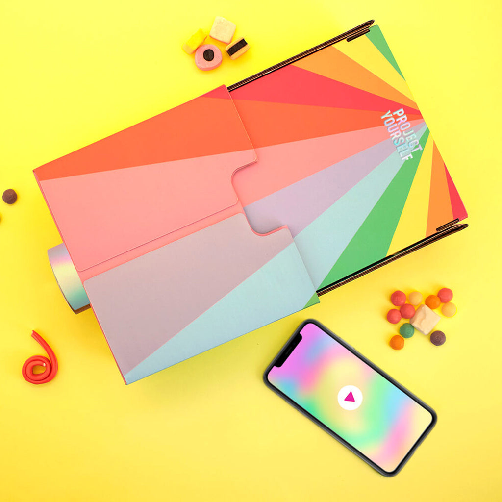 luckies of london project yourself rainbow lo-fi-smartphone-projector-box-top