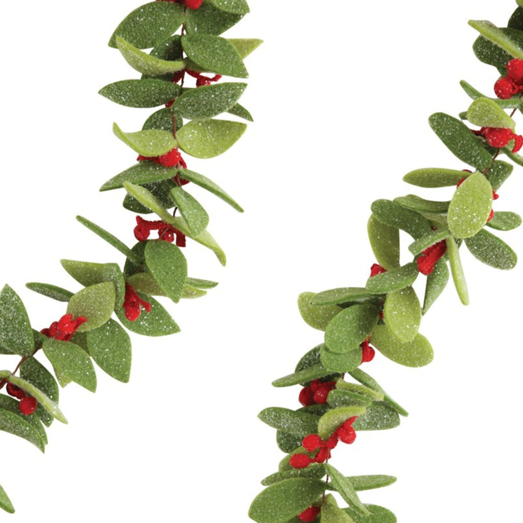 felt leaf garland with red berries detail