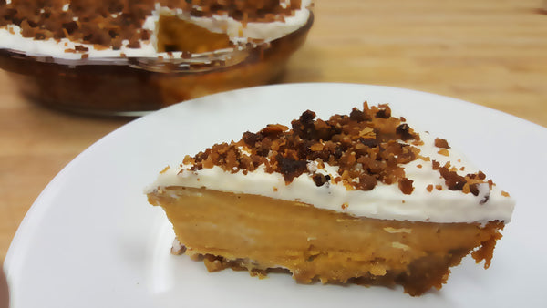 Cinnamon Crunch Pumpkin Pie with Maple Whipped Cream
