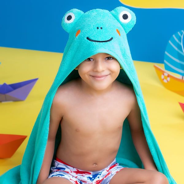 Super Soft Zero Twist Hooded Bath Towel - Frog | Towels & Wrappers