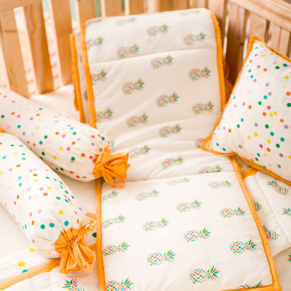 Baby Cot Bedding Set - Pineapple
