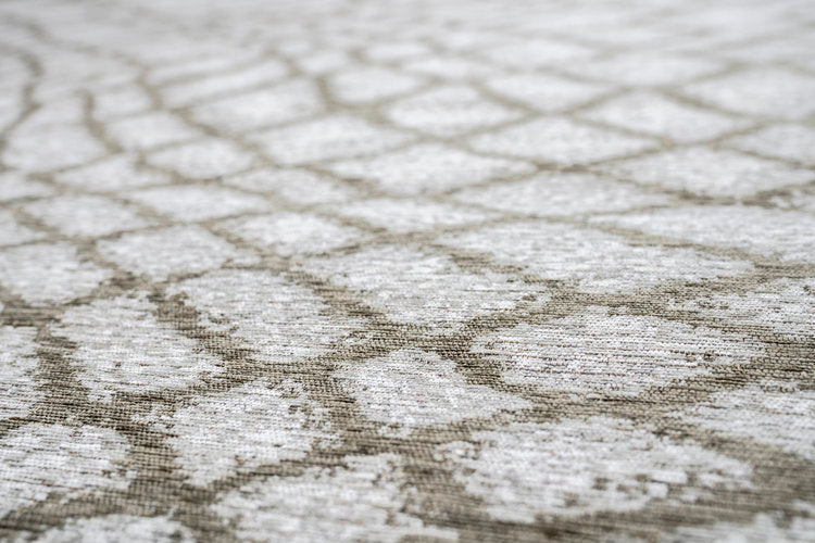 Fishnet Pewterl Brentwood Textiles Floor Cloth side angle