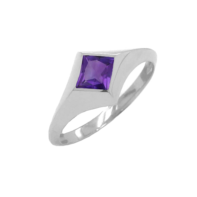 Solitaire Princess-Cut Amethyst Ring in Sterling Silver