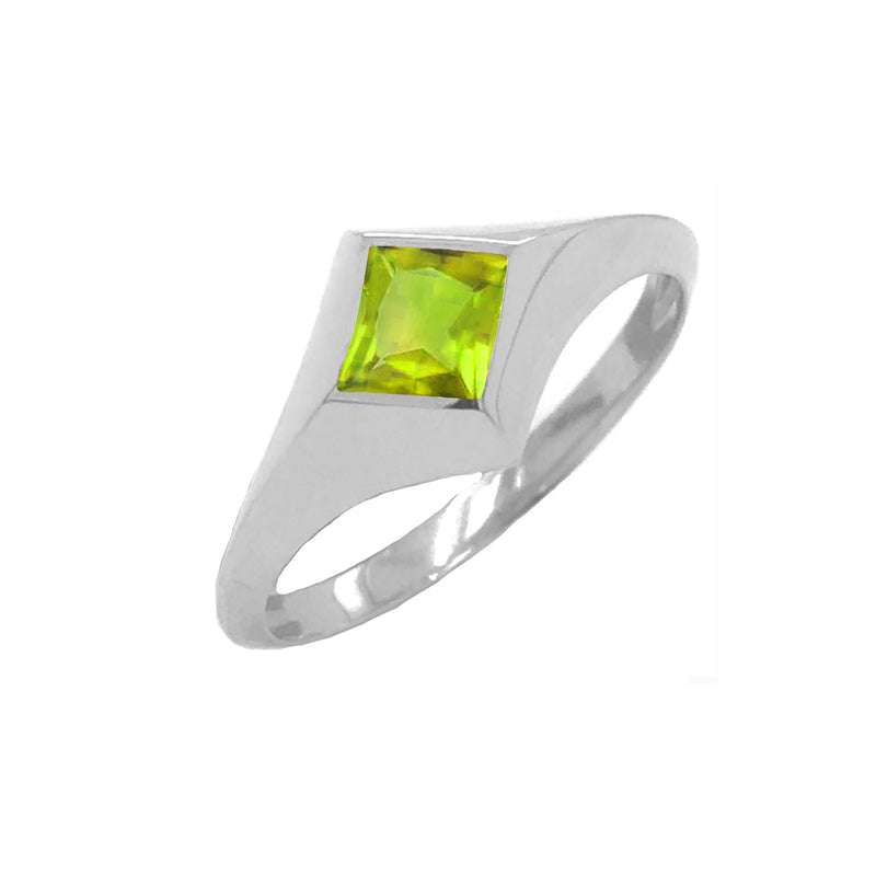 Solitaire Princess-Cut Peridot Ring in White Gold