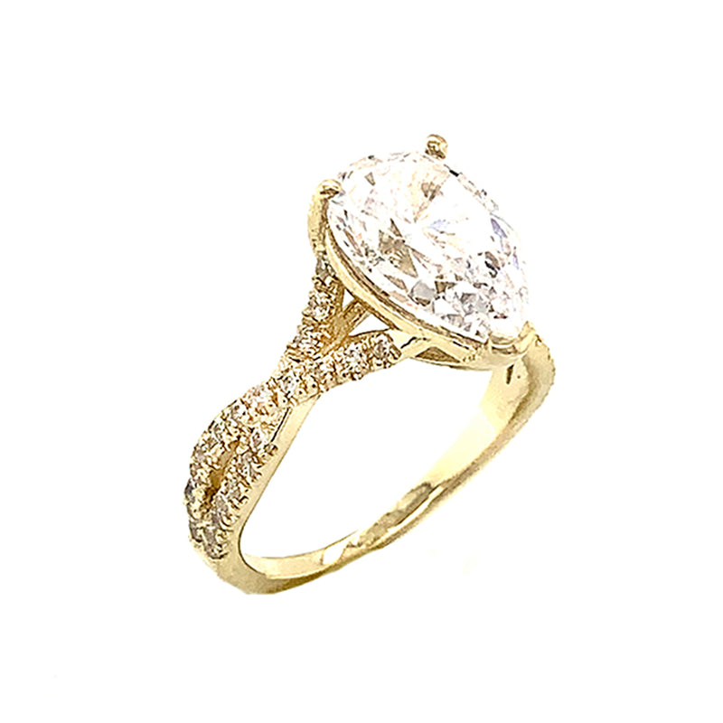 Pear shape Stone With Double Raw Diamond Ring In Yellow Gold