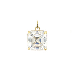 Solitaire Asscher-Cut CZ Pendant Necklace in Gold (Medium)