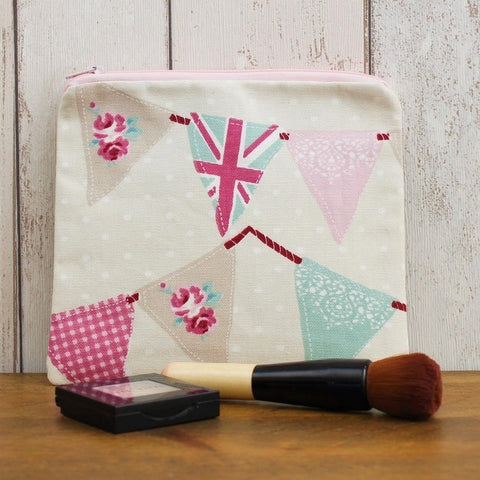 Bunting Flags Zipped Pouch