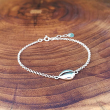 "Laden Sie das Bild in den Galerie-Viewer, BALI JEWELRY | Armband ""Seashell"""
