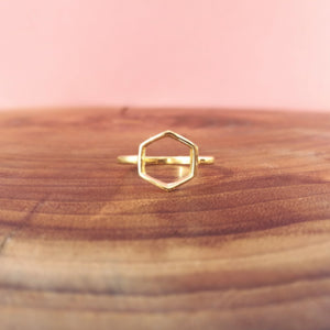 "BALI JEWELRY | goldfarbener geometrischer Ring ""Hexagon"""
