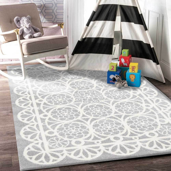 Piccolo  Grey and White Doily Kids Rug