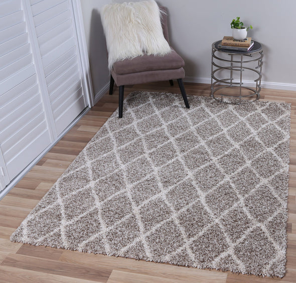 Leandra DIAMOND BROWN CREAM SHAG RUG