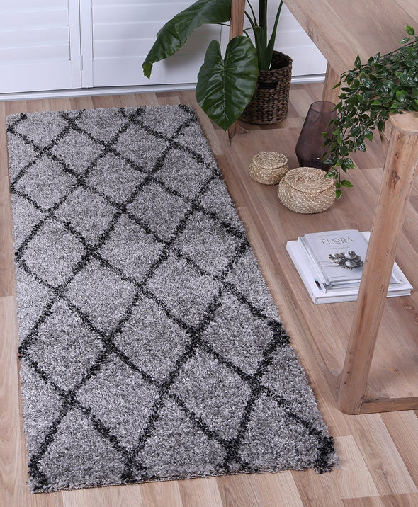 Leandra DIAMOND GREY CHARCOAL SHAG RUG