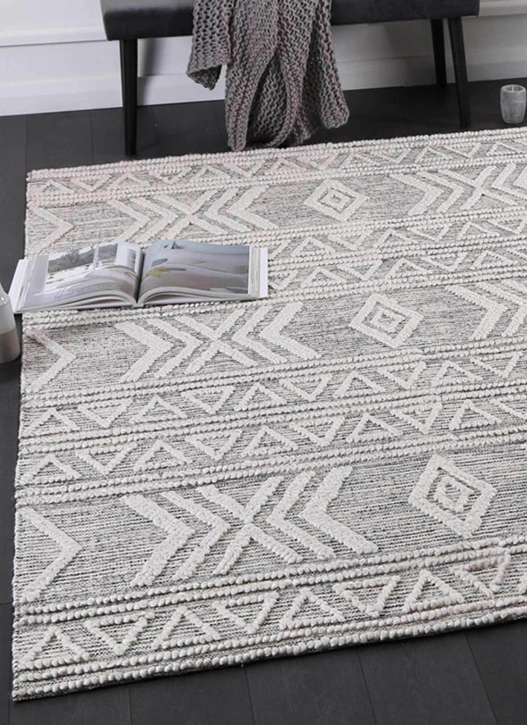 Braided Zair Transitional Abstract Rug Ivory
