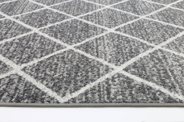 Garden Diamond Indoor/Outdoor Charcoal Rug