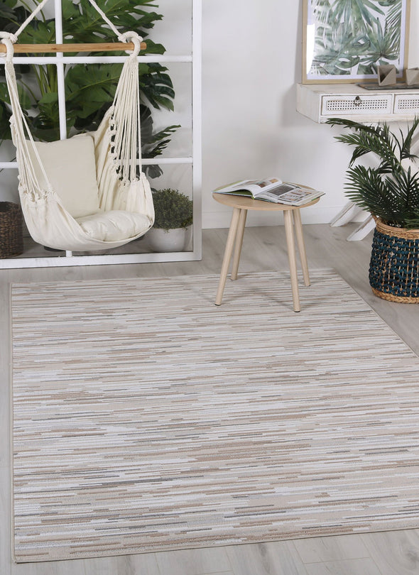 Courtyard Hue Indoor/Outdoor Beige Rug