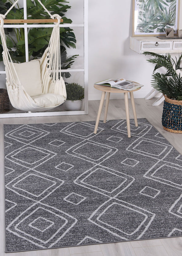 Courtyard Marrakesh Indoor/Outdoor Charcoal Rug