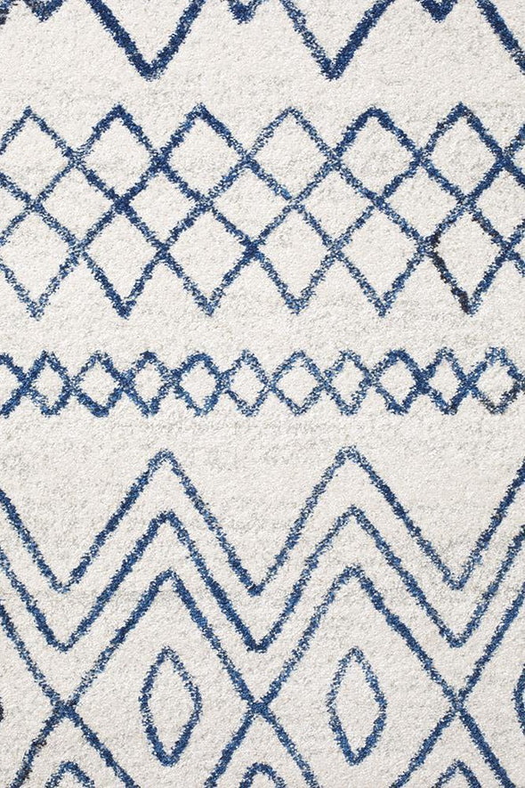 Oasis Nadia White Blue Rustic Tribal Round Rug