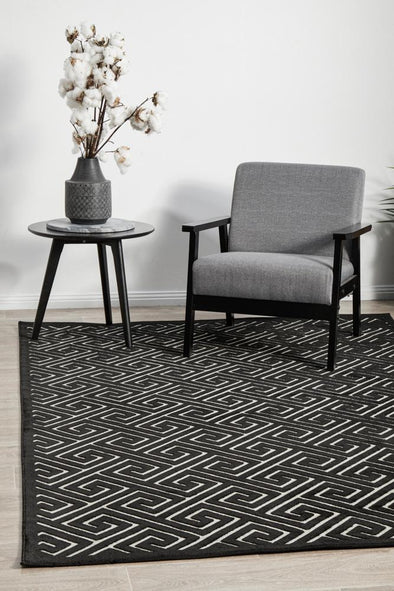 Chicago Alice Black & Gold Rug