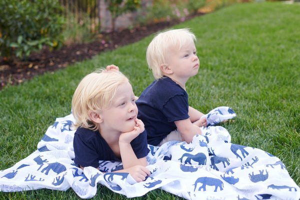 cotton-elephant-swaddles