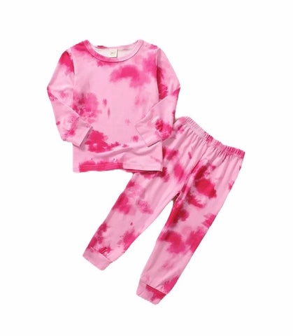 tie-dye-outifts-for-baby-and-toddlers