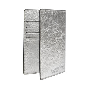 Earth Cover for Passport in Pineapple Leather Silver