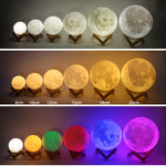 Portable 3D lamp in the shape of a moon with changing colors