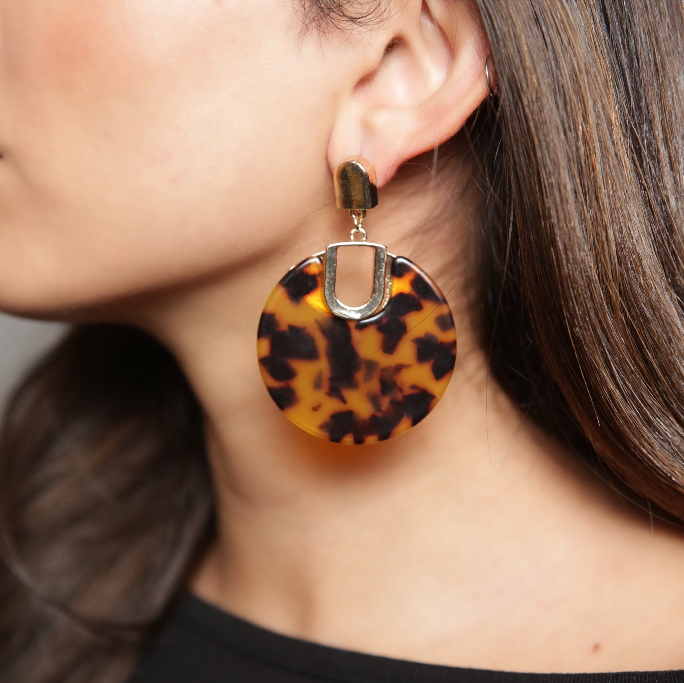 NISHA Resin Earring