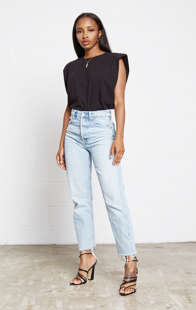 BLACK CHIC PUFF SHOULDER TEE