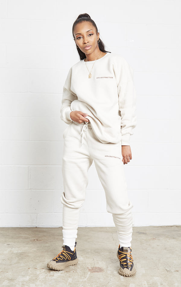 BONE CREW NECK JOGGER SWEATSUIT SET