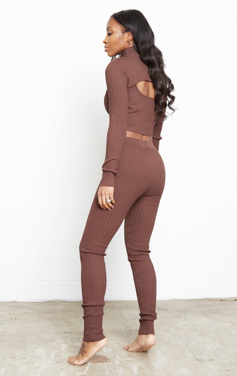 BROWN RIBBED ARM SLEEVE SET