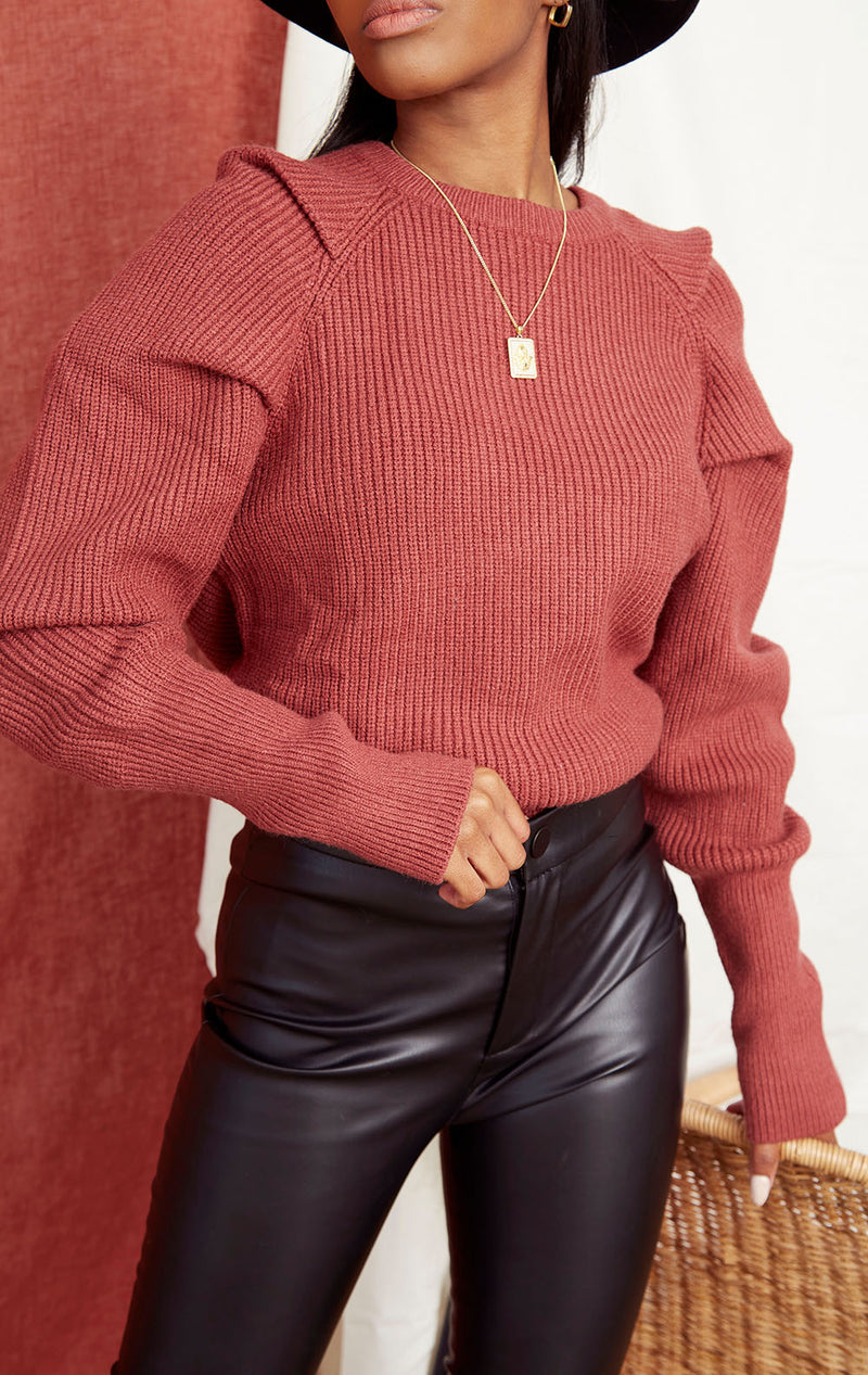 RUST KNIT POWER SHOULDER SWEATER