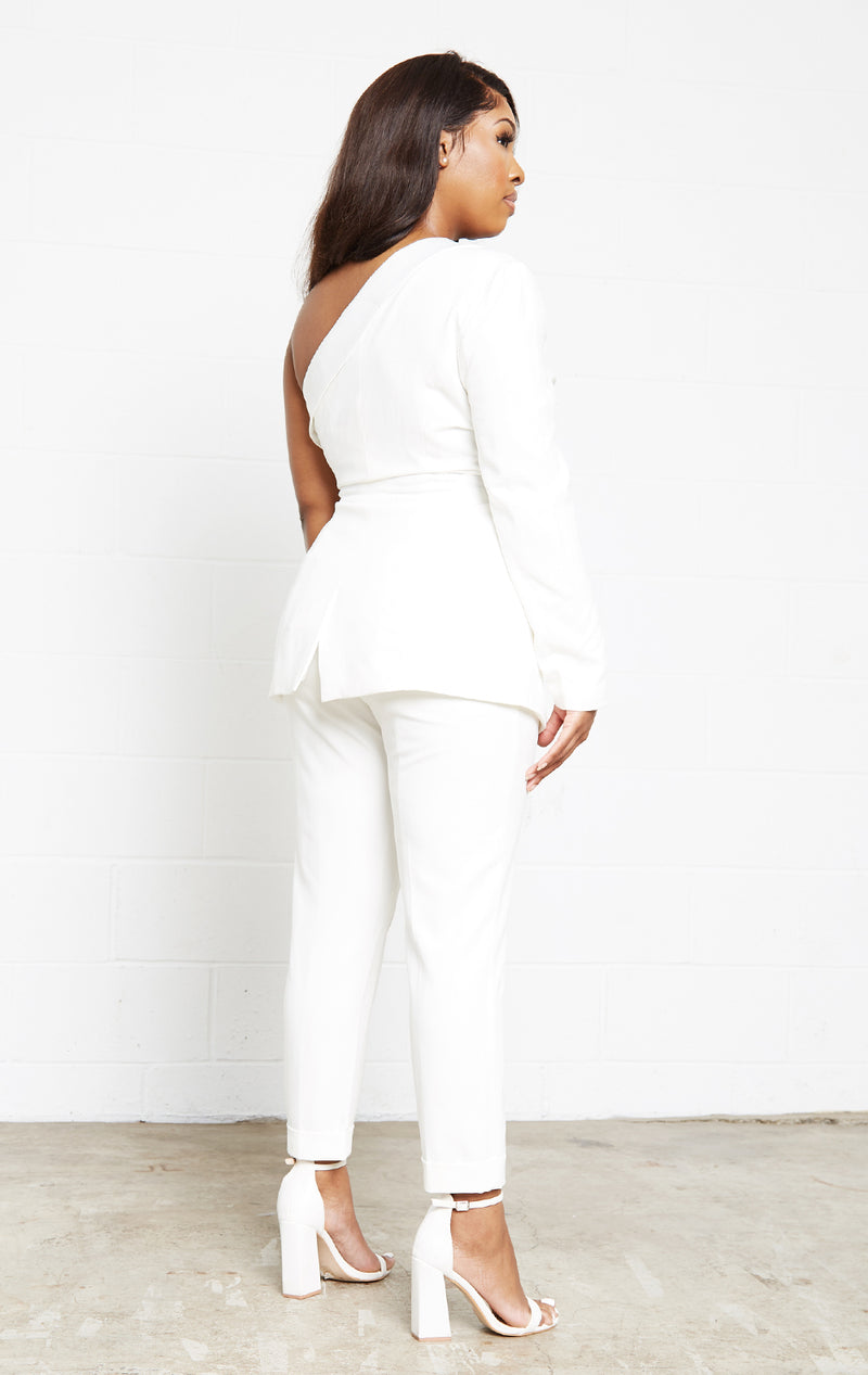 WHITE OFF SHOULDER TUXEDO BLAZER