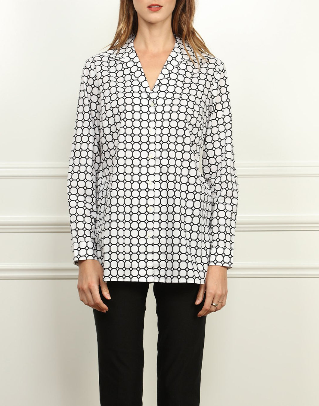 Katherine Wing Collar Tunic In White and Black Honeycomb Print