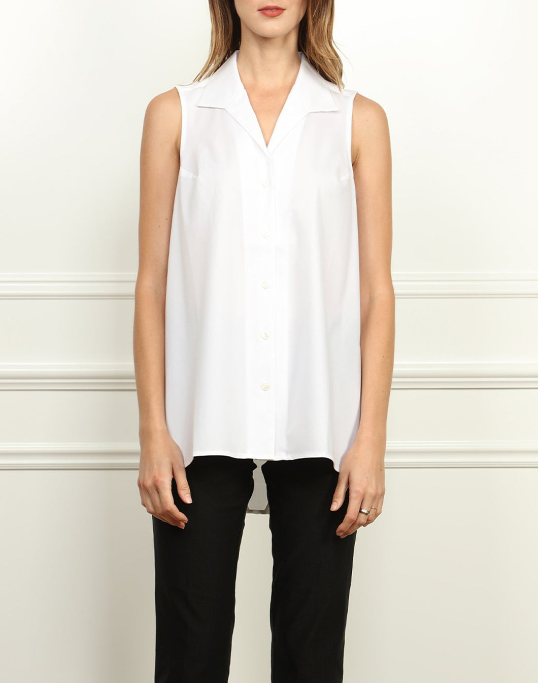 Betty Sleeveless Wing Collar A-line Tunic In White