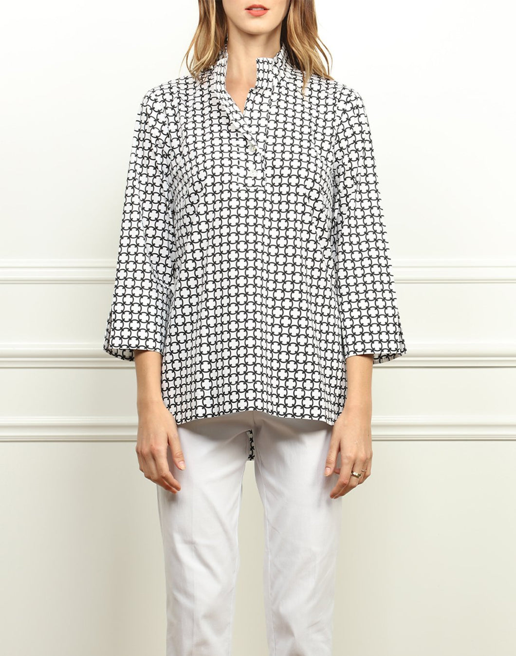 Aileen Button Back Tunic In Black/White Chainlink Print