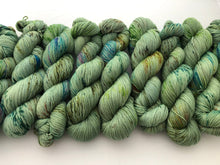 Le Sage on 100% Superwash Merino DK