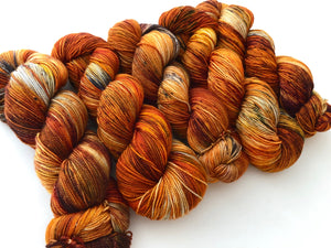 ***EXTREMELY RUSTY/COPPERY Birch Fire Deconstructed  on Superwash 75% Superwash Merino/25% Nylon Sock