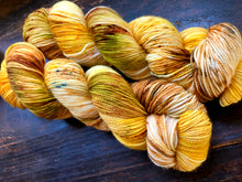 OOAK Dried Flowers on Superwash 75% Superwash Merino/25% Nylon Sock