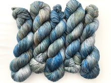 **Yarning for a T1D Cure on Superwash 70% Merino/20% Silk/10% Cashmere Sock