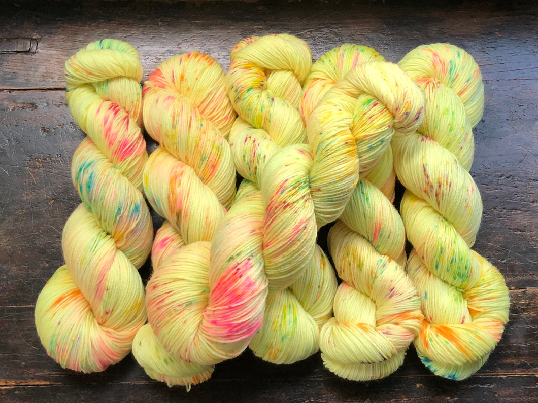 Sunshine Daydream on Superwash 75% Superwash Merino/25% Nylon Sock