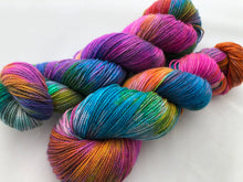 Zoltar on 80% Superwash Merino/20% Nylon 2-Ply Twist Sock