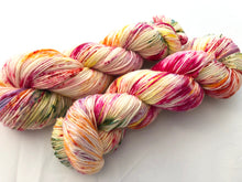 Tulips on Superwash 75% Superwash Merino/25% Nylon Sock