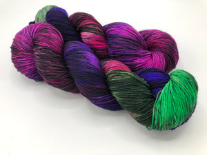 Fractals: ** LESS BLACK ** BUTTERFLY EFFECT on Superwash 75% Superwash Merino/25% Nylon Sock